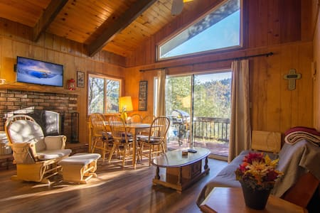 Cozy & Charming - Stay Arrowhead - Crestline