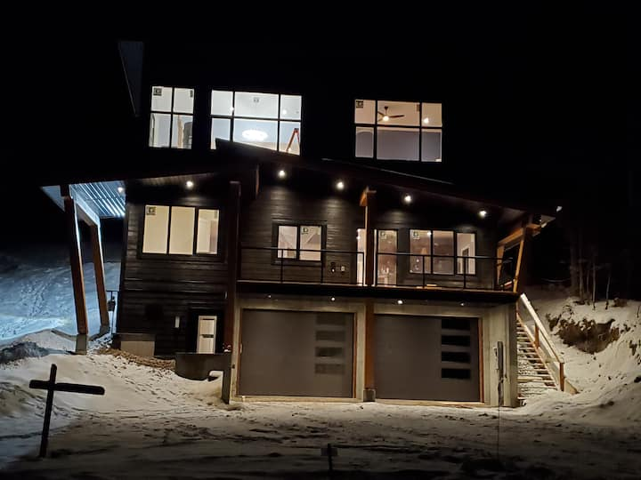 Brand new Slopeside Suite at Fernie Alpine Resort!