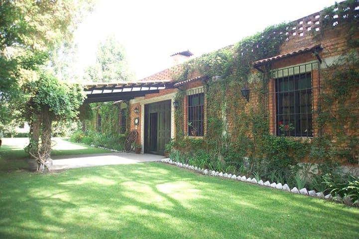 Finca- Casa de Campo Mexicana