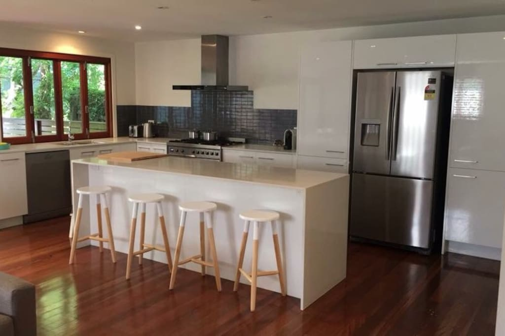Stunning kitchen with all new appliances including Nespresso machine!