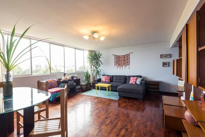 Cozy room - best location- Barranco