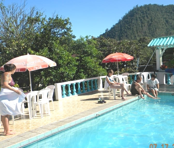 hostal jardin de los pájaros Mindo Ecuador