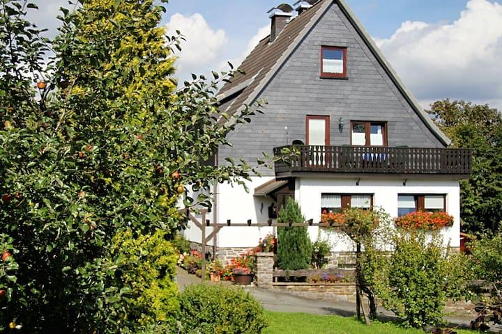 Appartement dans le Langewiese Sauerland avec jardin privé