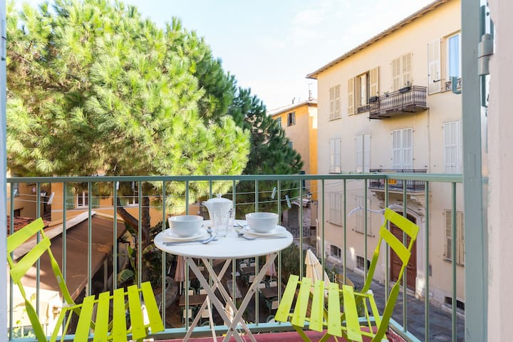 Romantic studio with pretty balcony - Villefranche-sur-Mer - Departamento