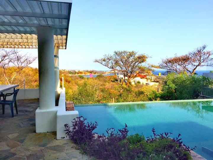 Espectacular Villa en Huatulco vista al mar