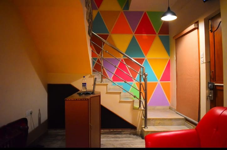 Journey Hostel Bangalore - 100 mts from Forum Mall