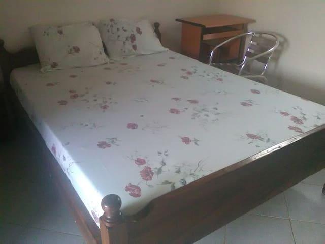 Chambres d'hôtes chez l'habitant à Koudougou