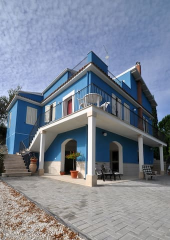 Casa Blu in the heart of Sicily - Whole house