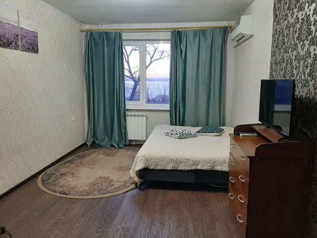 Уютная квартира рядом с центром и  видом на море