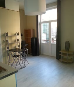 Brand-new studio in Uccle (tram station Heros) - Uccle - Talo