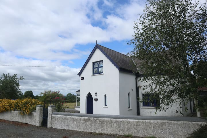 Cottage close to Cashel, Fethard & Kilkenny.