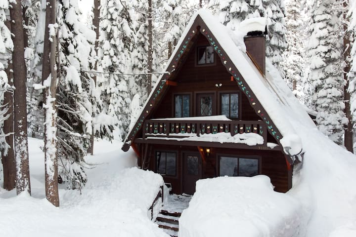 Cozy Cabin on Tahoe Donner Summit