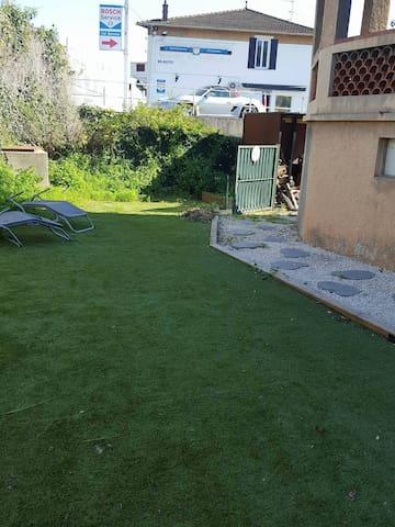 Maison 90 m² + terrasse 20m² + jardin 50 m² - Mougins - Haus
