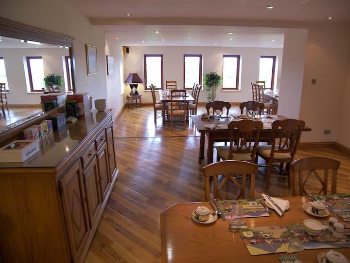 Bankhead Farm Family Room