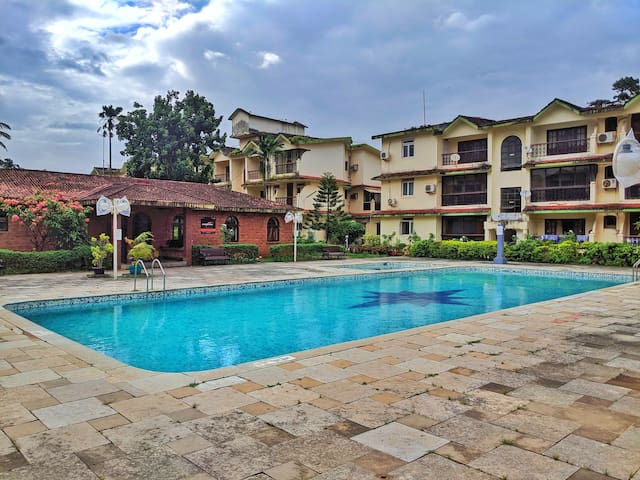 3 Bed 3A/C Apartment Wit Shared Pool In Calangute⛱
