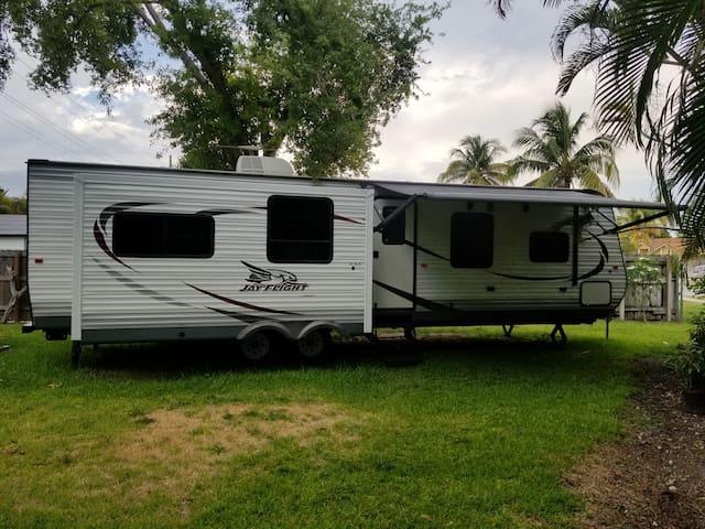 Comfortable RV apartment in Miami