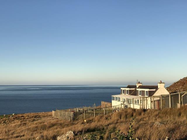 Otterburn 2, beach, seaviews, Wifi, garden, peaceful, Scottish Highlands, Gairloch