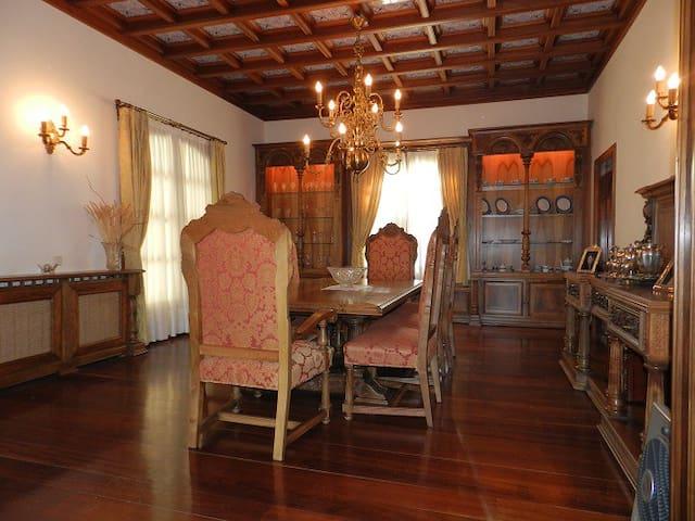 Espectacular Villa en la naturaleza - Campiña de Guadalajara - 別墅