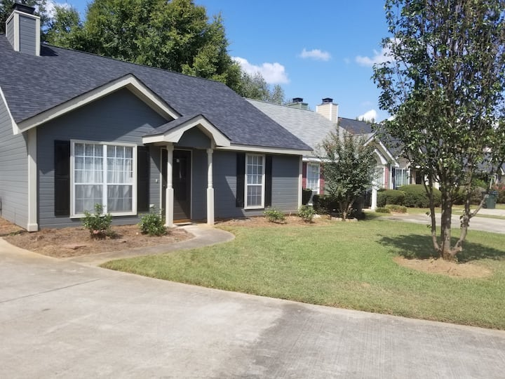 Townhome in Warner Robins/Centerville area
