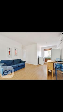 Cozy unit in a leafy CBD suburb- Second Floor - Kent Town  - Appartement