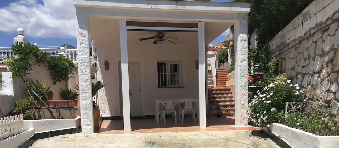 Very quite villa near the beach - Benalmádena Costa - Rumah