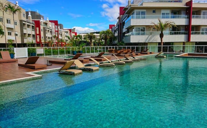 Belíssimo condomínio na praia do Campeche - SC