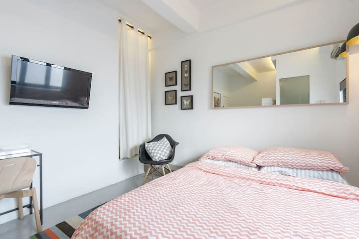 S - Cozy City Studio at Tiong Bahru