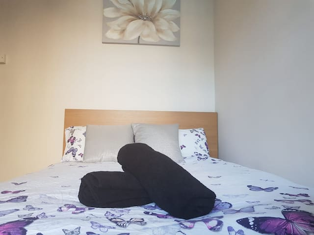 Double Room Close to Waterloo Station-2