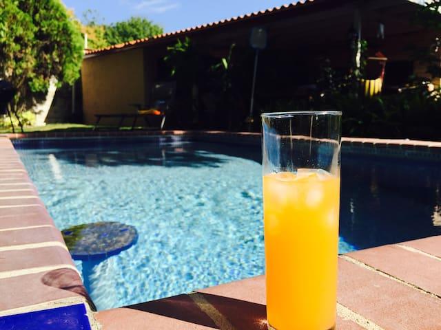 Charming House room LOUISE - Distrito de San Carlos - Bed & Breakfast