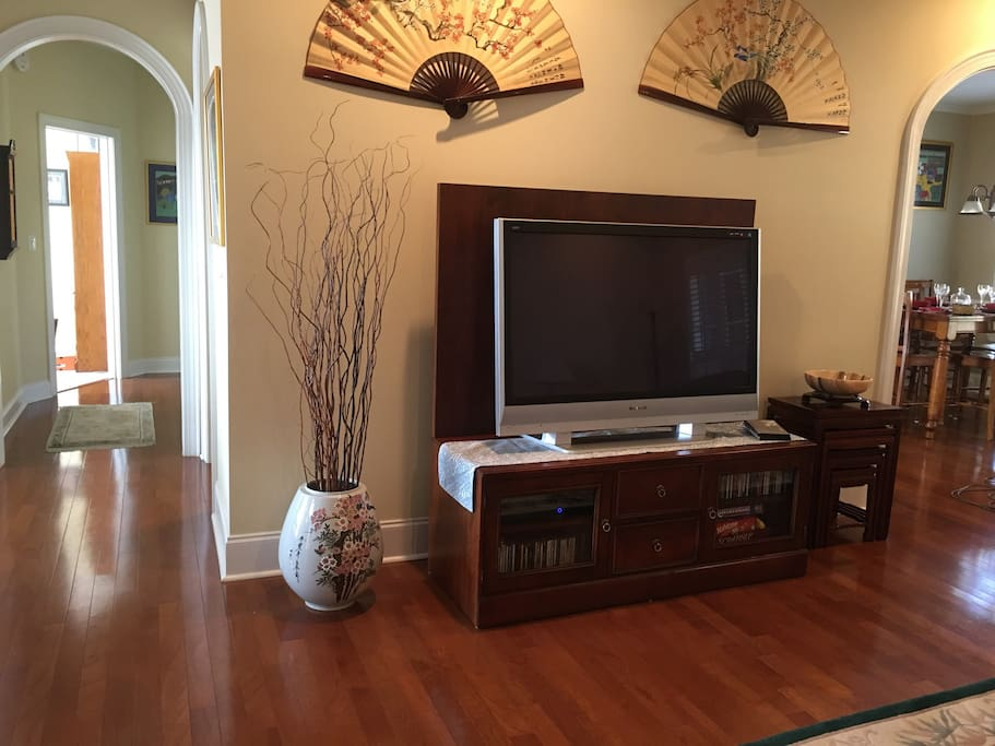 Family room 60 inch