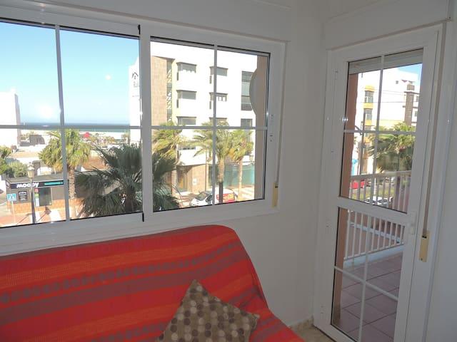 Apartamento en Roquetas de Mar, Playa y centro - Roquetas de Mar - Apartment