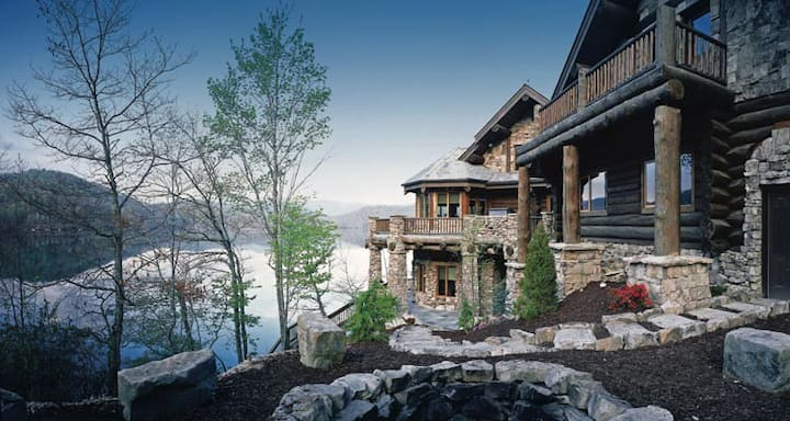 Forge Lake Lodge