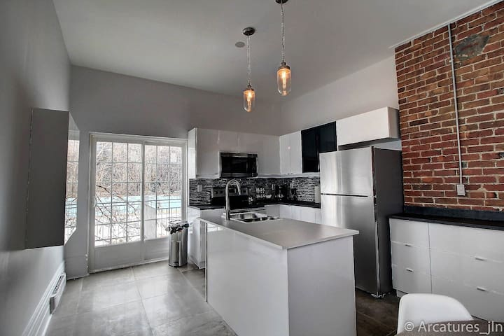 Spacious 4bdr apt downtown Montreal free parking - Westmount - Appartement
