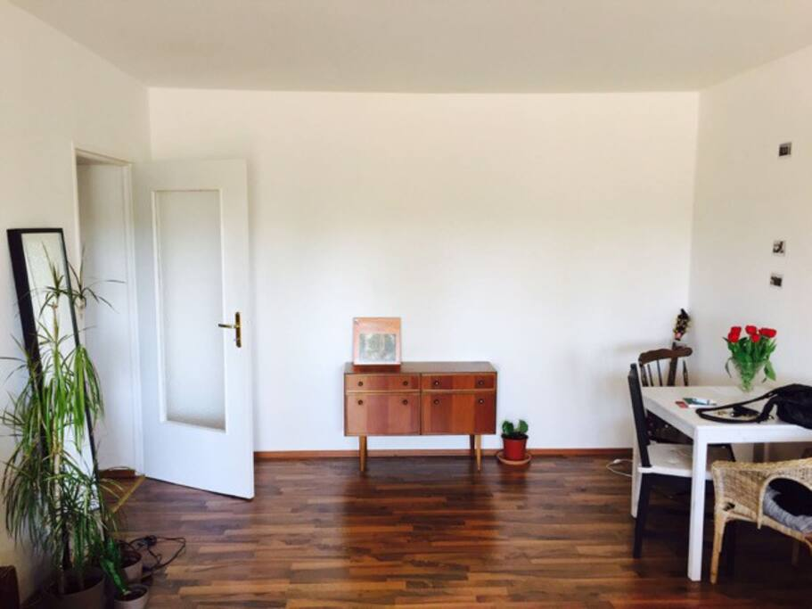 big modern furnished room sch neberg apartments for rent in berlin berlin germany. Black Bedroom Furniture Sets. Home Design Ideas