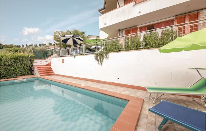 Holiday cottage with 3 bedrooms on 130m² in Corsanico-Massarosa LU
