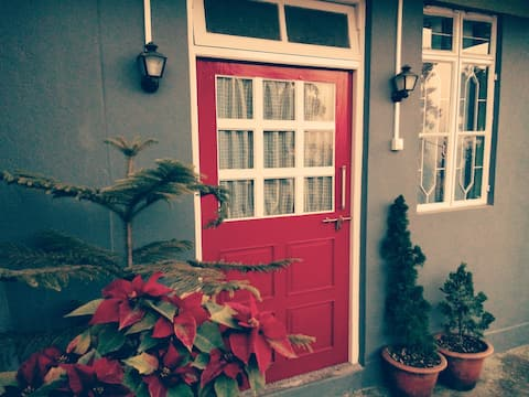 The Gaff in Kalimpong- Red Door(Vacation Home)