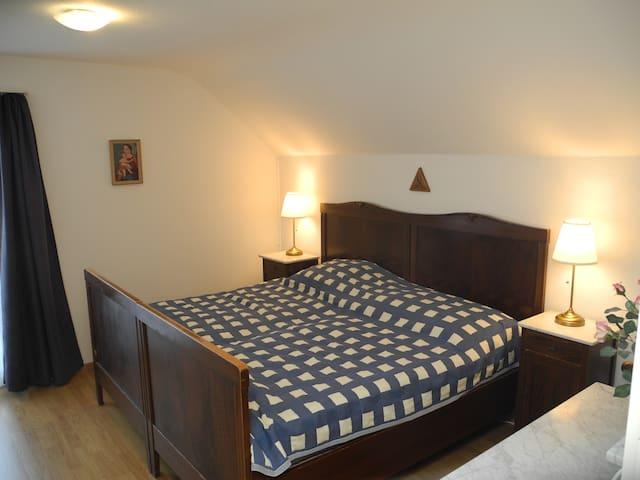 Nostalgisches Zimmer für 2 Personen - Halten - Huis
