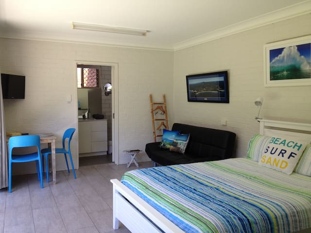 Sawtell Beach Granny Flat - Sawtell - Bed & Breakfast