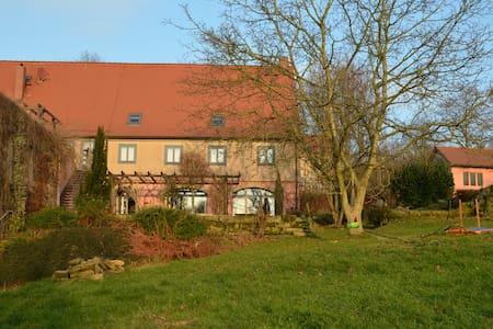Stadtgut Wehlen, FeWo für 4 Personen - Stadt Wehlen - Lejlighed