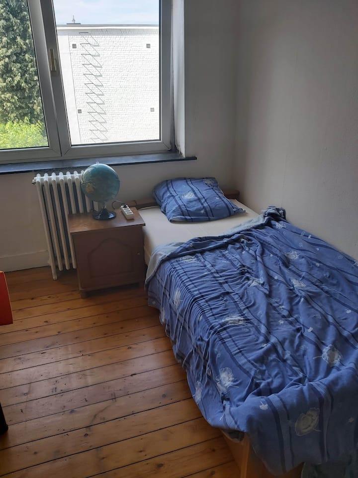 appartement rustique dans zone urbaine calme