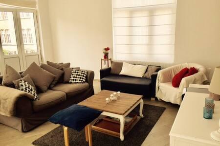 Il fait bon vivre dans cet appartement lumineux! - Schaerbeek - Wohnung