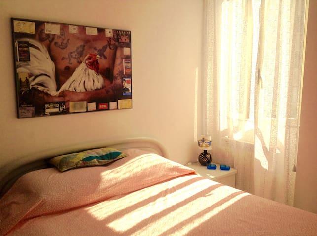 Camera matrimoniale centralissima - NO EXTRA COST.