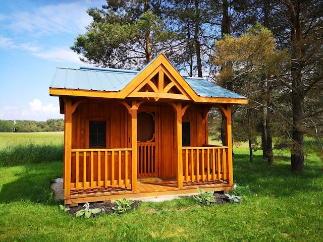 Munro Winter Glamping Bunkie, Hepworth, 3 Acres