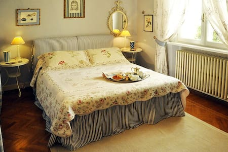Luxury bedrooms in Villa with pool near Florence - Montecatini Alto