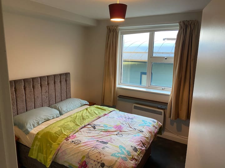 Quiet private room located in the heart of Cork