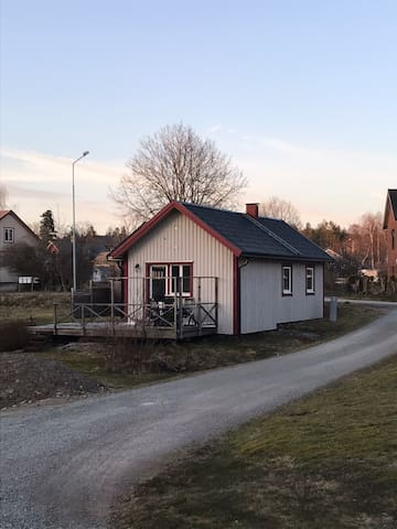 Modernt trevligt litet hus.