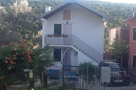 2 этаж уютного гостевого дома  300 шагов от моря
