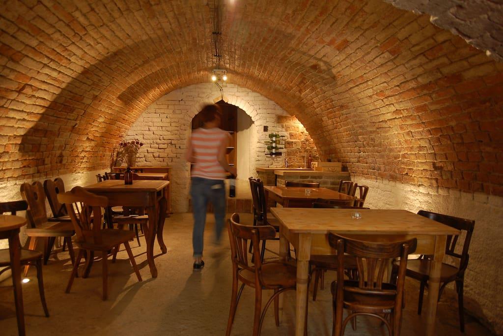 Vinný sklípek / Wine cellar