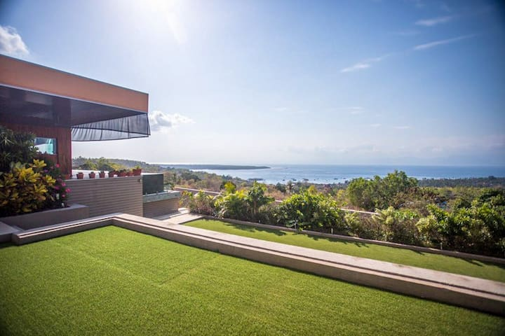 Exclusive Luxury Villa with Majestic Sea Views
