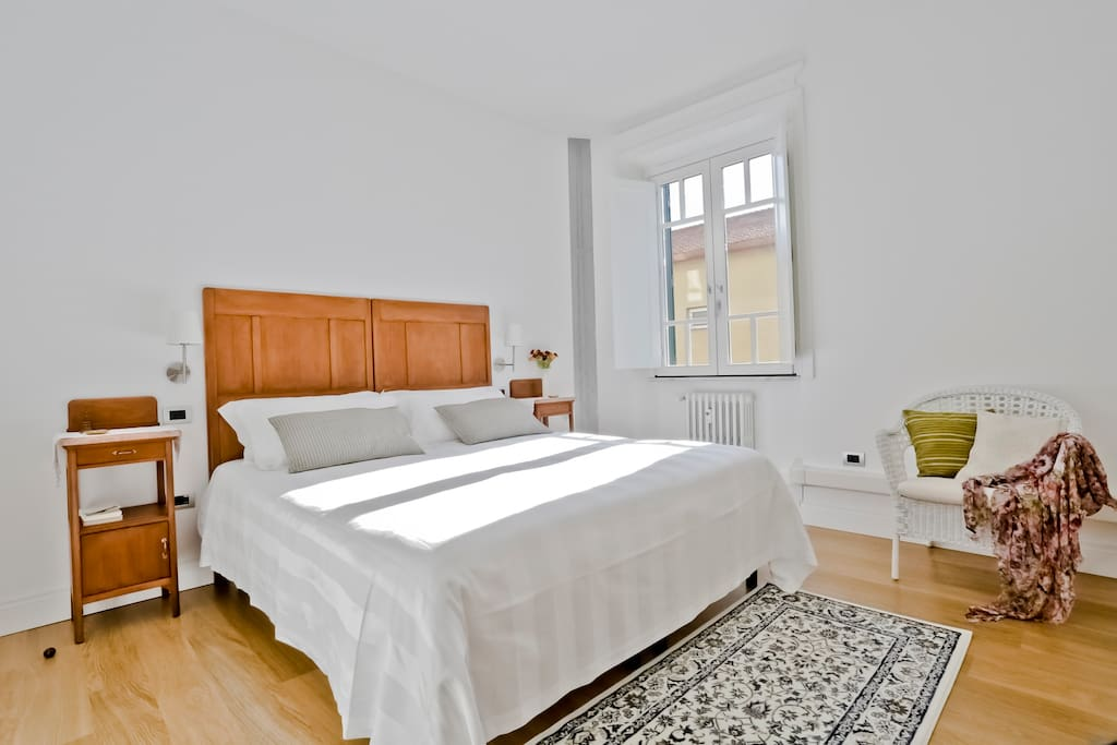 The MASTER: a warm bright peaceful room for a sweet rest in a king size bed.